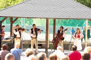 Nebeská muzika folklór v obci Šútovce